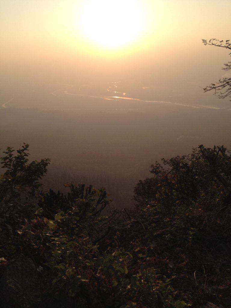 ガンジス川と夕日