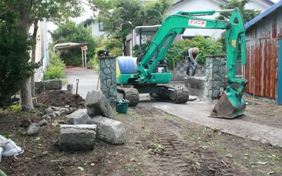 5月31日 門の工事つづき